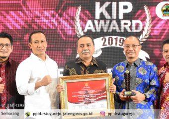 Penghargaan KIP Awards 2019, RSUD Tugurejo Pertahankan Kategori Informatif makin Terbuka dan Transparan.